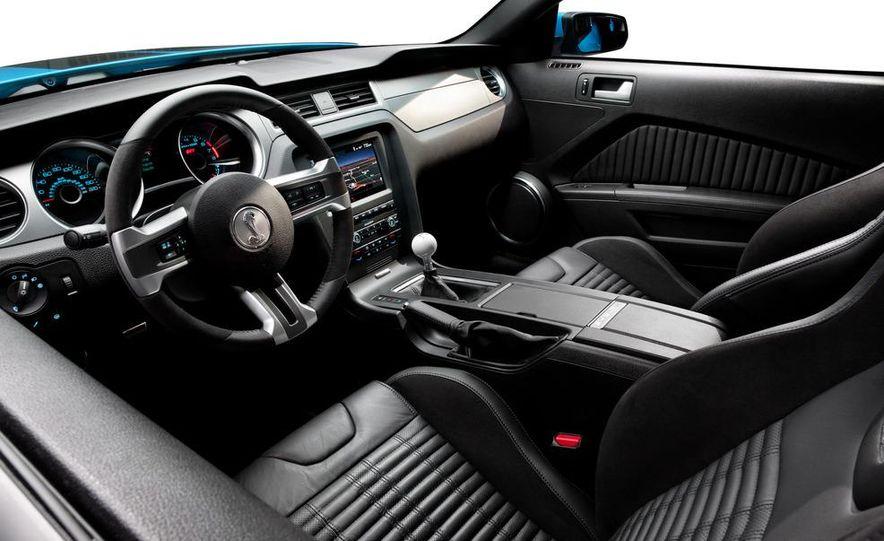 2015 Ford Mustang (artist's rendering) - Slide 41