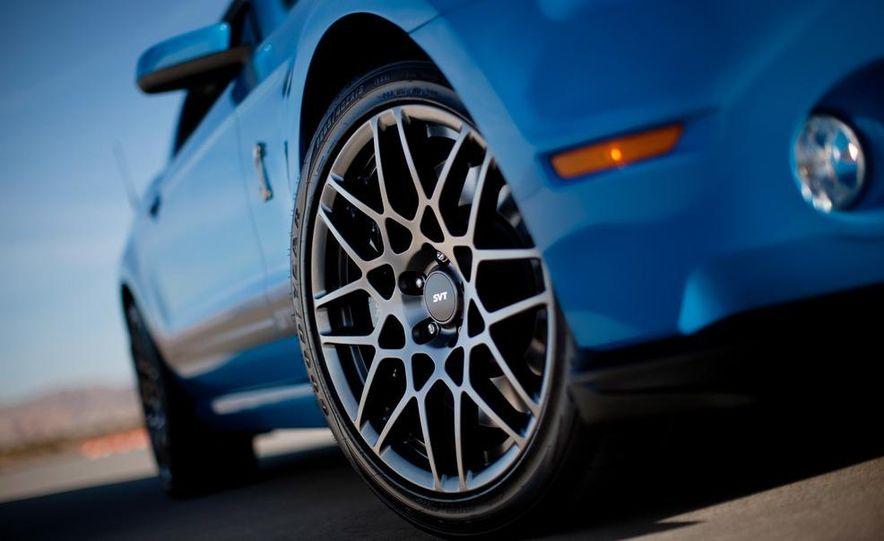 2015 Ford Mustang (artist's rendering) - Slide 33