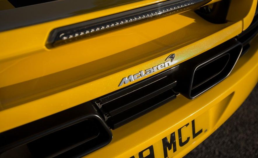 2013 McLaren MP4-12C Spider - Slide 243