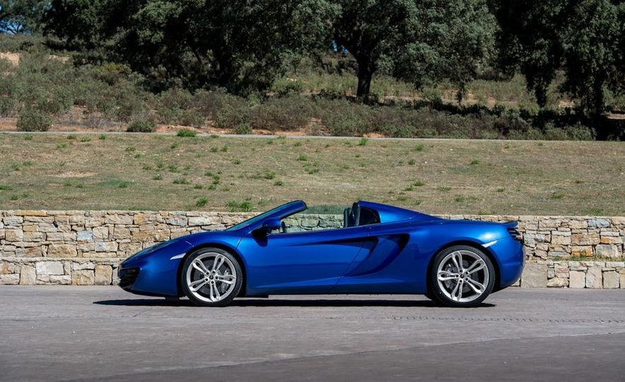 2013 McLaren MP4-12C Spider - Slide 22