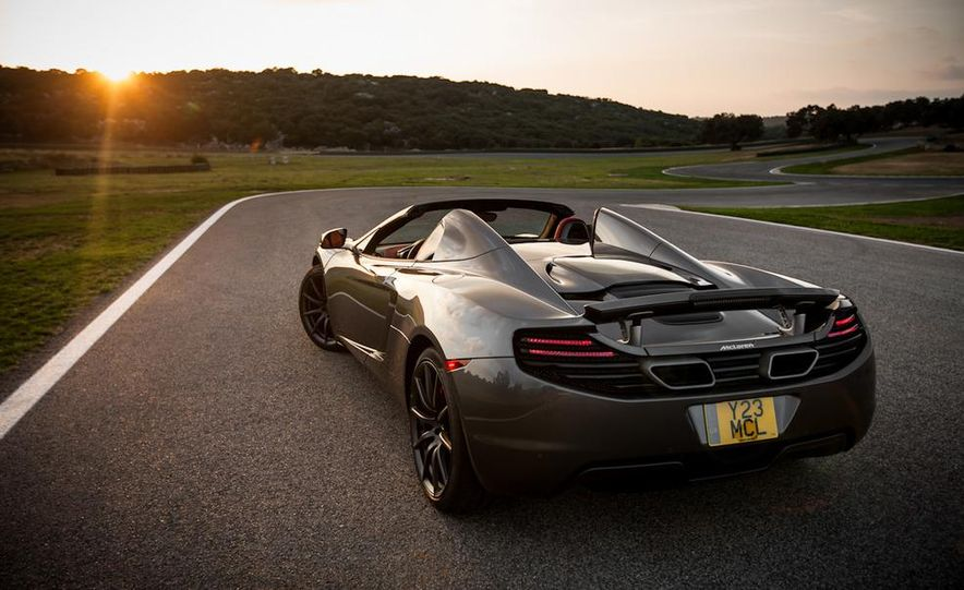 2013 McLaren MP4-12C Spider - Slide 82