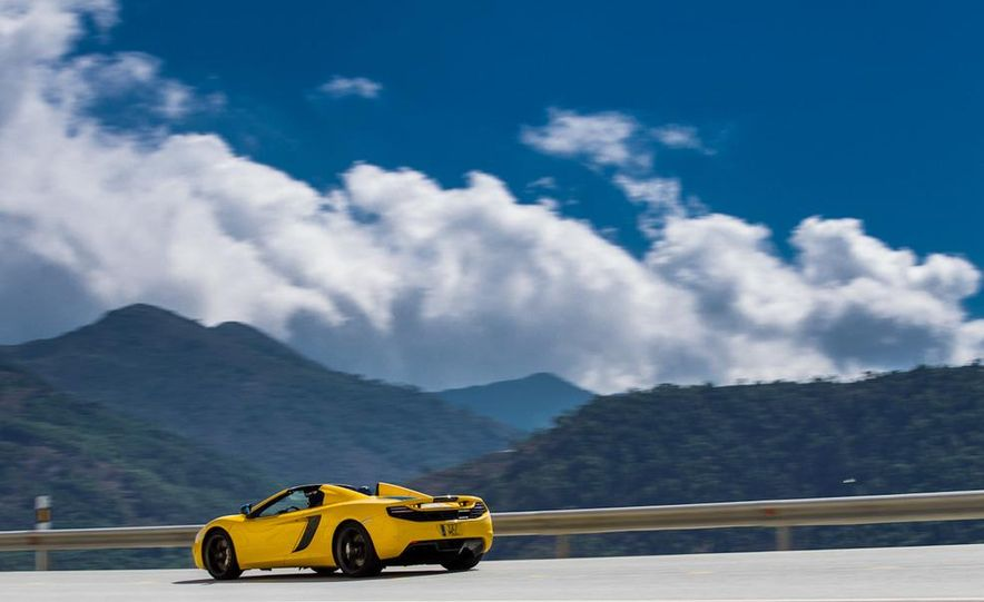 2013 McLaren MP4-12C Spider - Slide 161