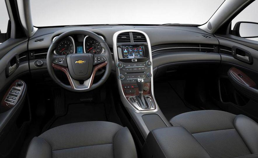 2013 Chevrolet Malibu LTZ - Slide 30