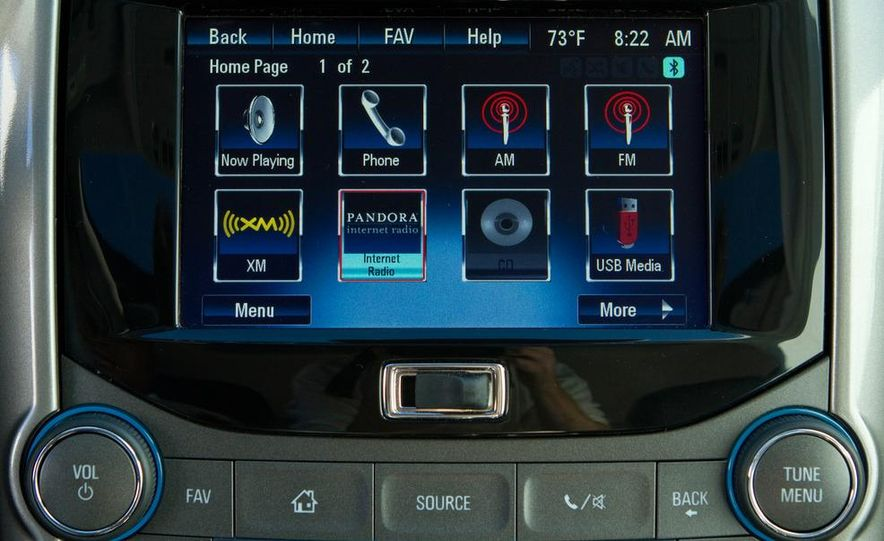 2013 Chevrolet Malibu LTZ - Slide 19