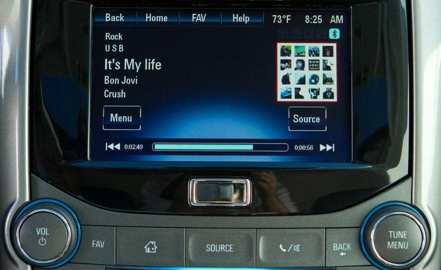 2013 Chevrolet Malibu LTZ - Slide 24