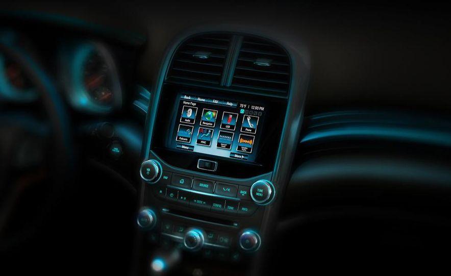 2013 Chevrolet Malibu LTZ - Slide 18