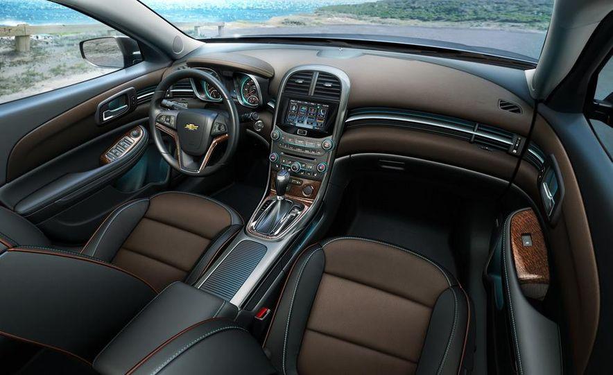 2013 Chevrolet Malibu LTZ - Slide 15