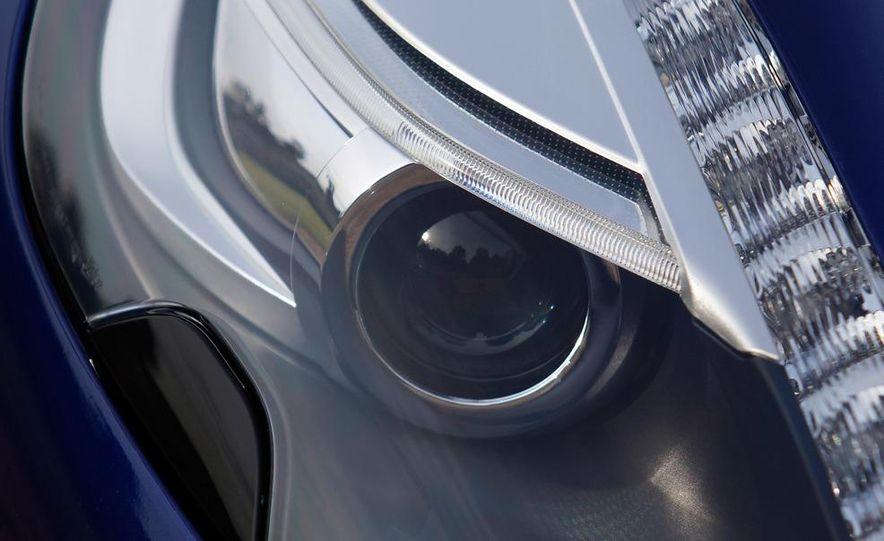 2013 Aston Martin Vanquishes - Slide 138