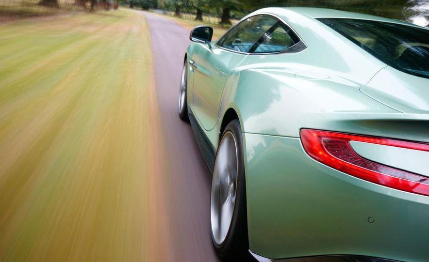 2013 Aston Martin Vanquishes - Slide 15
