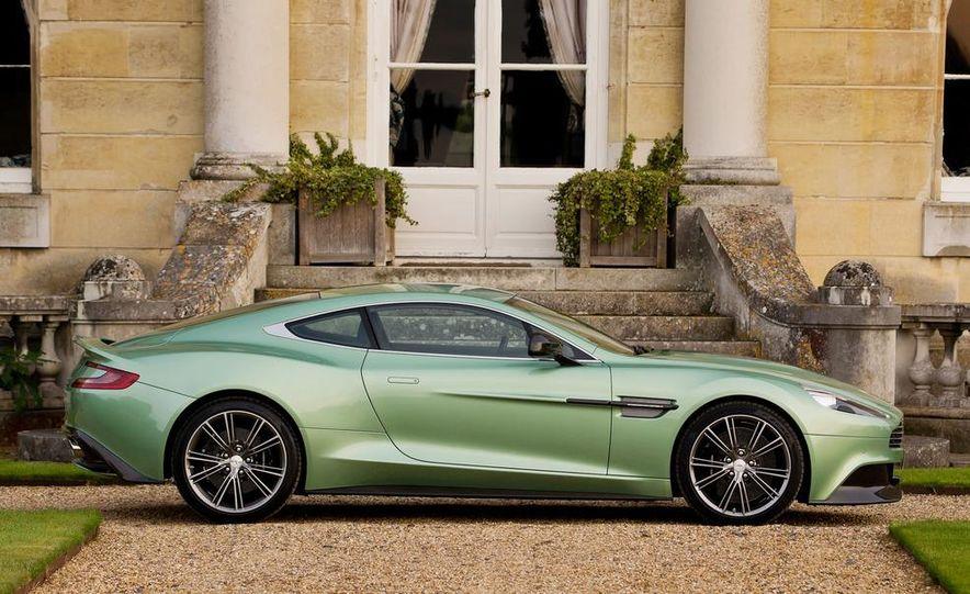 2013 Aston Martin Vanquishes - Slide 19