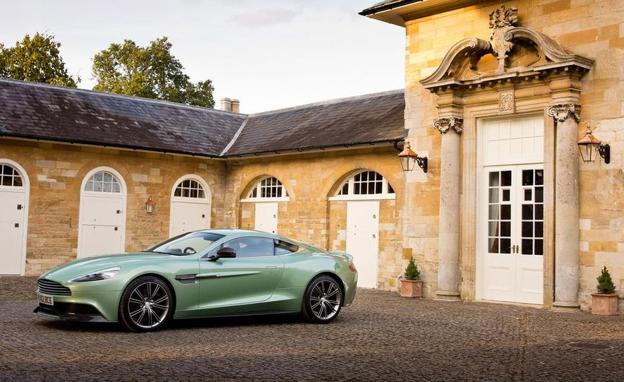 2013 Aston Martin Vanquishes - Slide 23