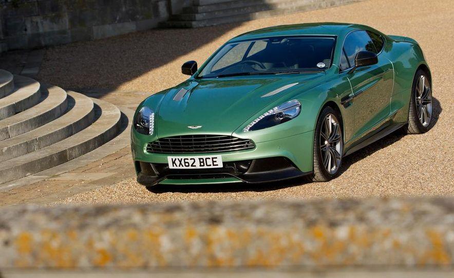 2013 Aston Martin Vanquishes - Slide 34