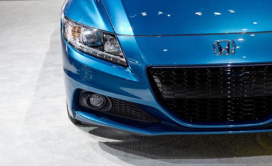 2013 Honda CR-Z - Slide 9