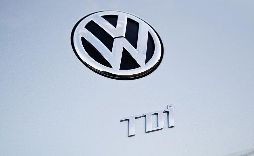 2013 Volkswagen Beetle TDI - Slide 14