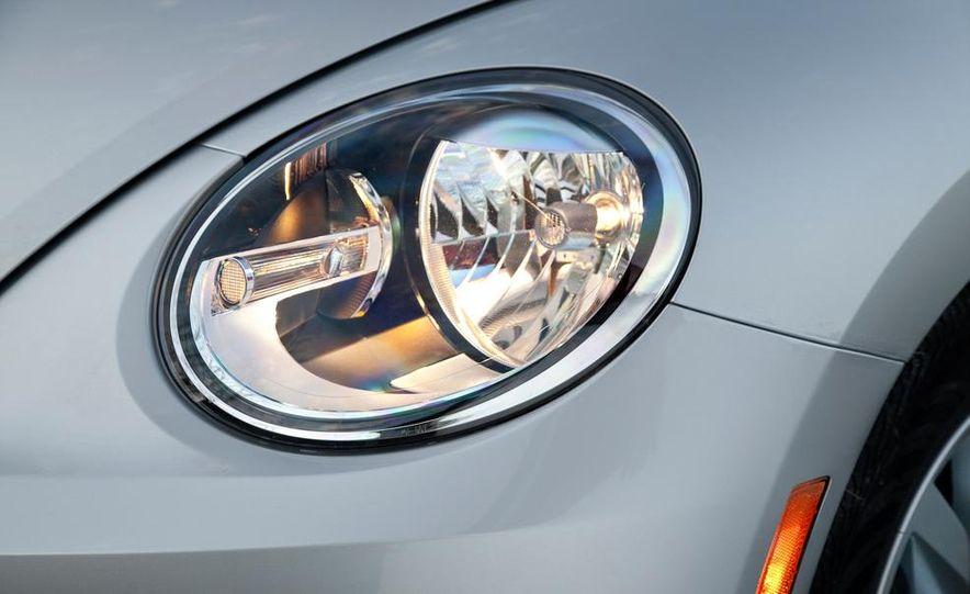 2013 Volkswagen Beetle TDI - Slide 12