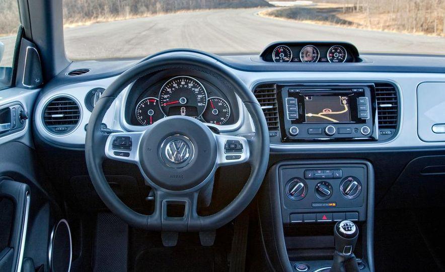 2013 Volkswagen Beetle TDI - Slide 19