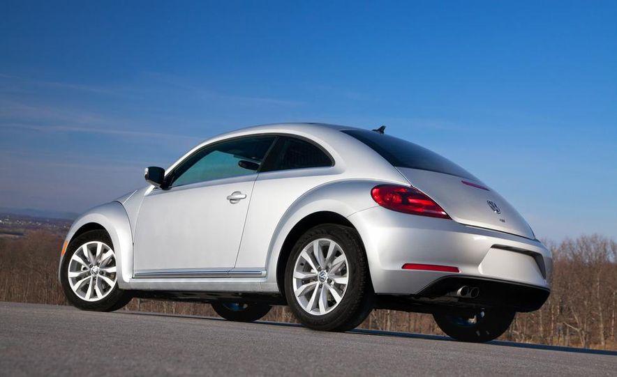 2013 Volkswagen Beetle TDI - Slide 7
