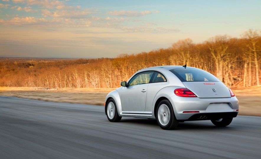 2013 Volkswagen Beetle TDI - Slide 8