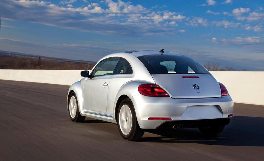2013 Volkswagen Beetle TDI - Slide 9
