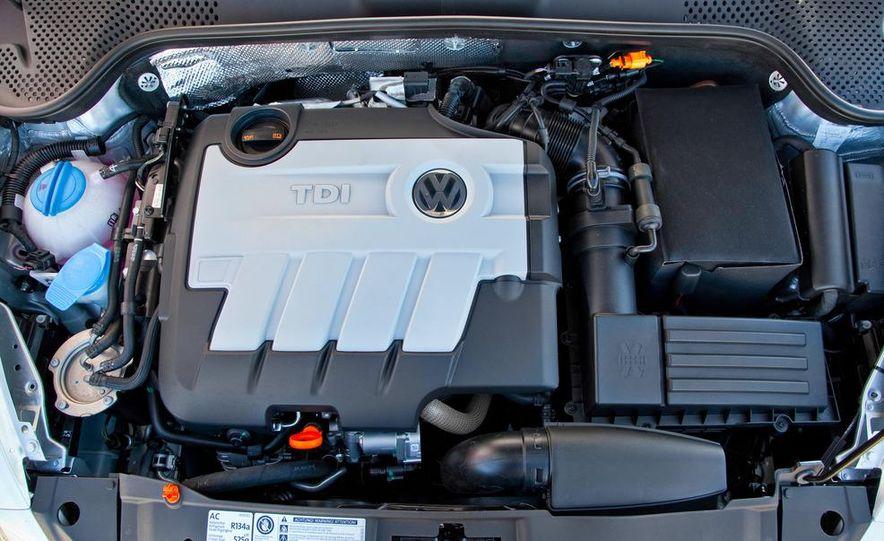 2013 Volkswagen Beetle TDI - Slide 25