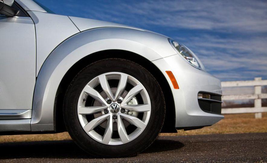 2013 Volkswagen Beetle TDI - Slide 15