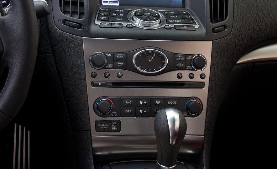 2014 Infinity G37 sedan (spy photo) - Slide 34