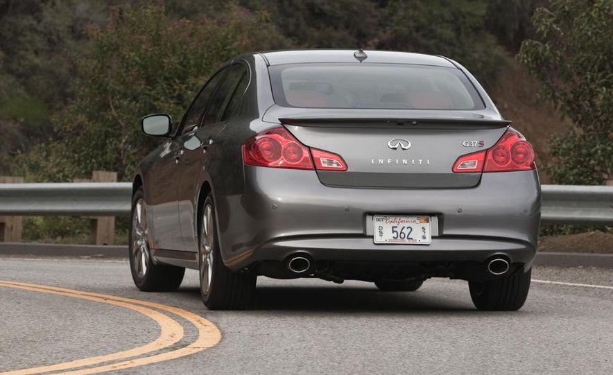 2014 Infinity G37 sedan (spy photo) - Slide 31