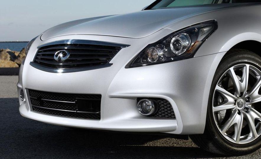 2014 Infinity G37 sedan (spy photo) - Slide 20
