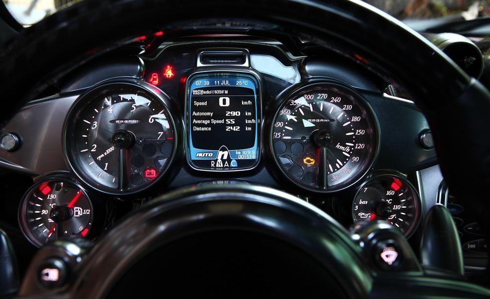 Pagani Huayra Reviews | Pagani Huayra Price, Photos, and Specs | Car ...