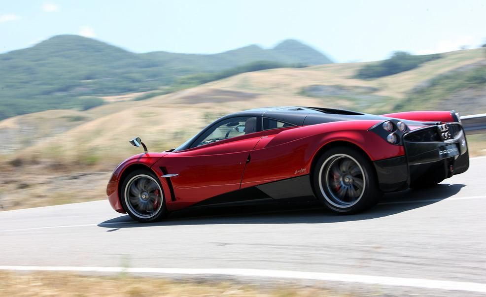Pagani Huayra Reviews Pagani Huayra Price Photos And Specs Car