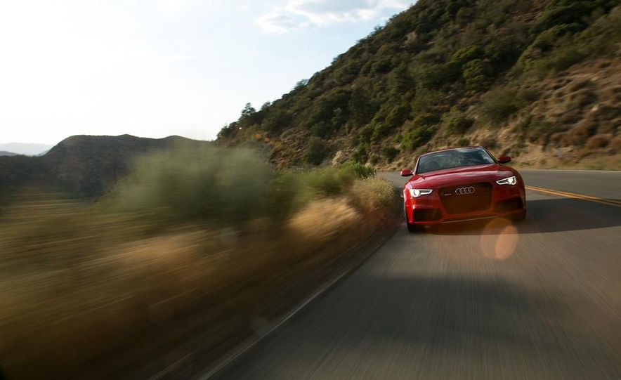 2013 Audi RS5 - Slide 22