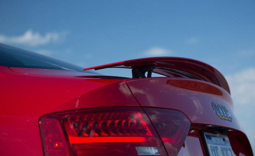 2013 Audi RS5 - Slide 62