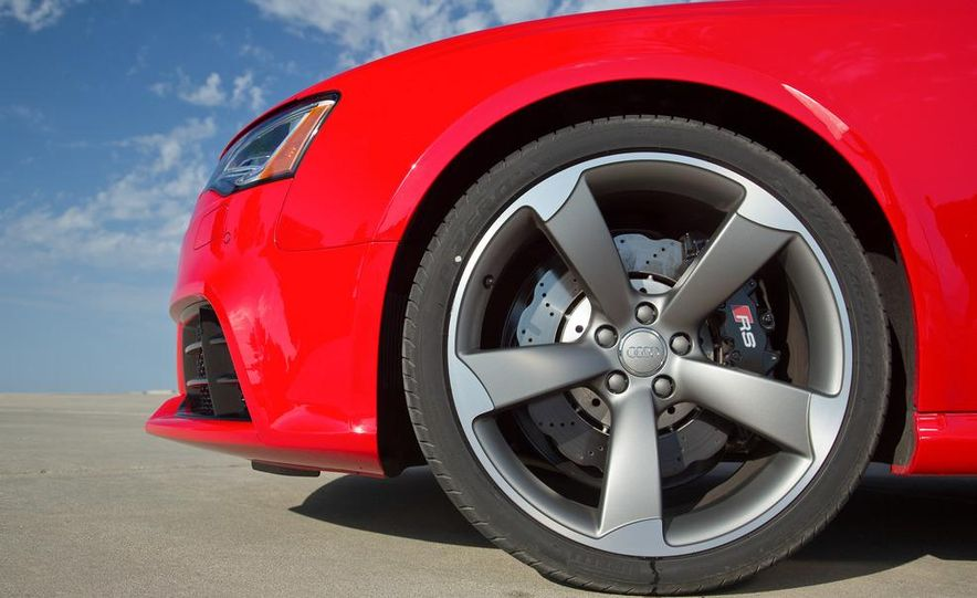 2013 Audi RS5 - Slide 54