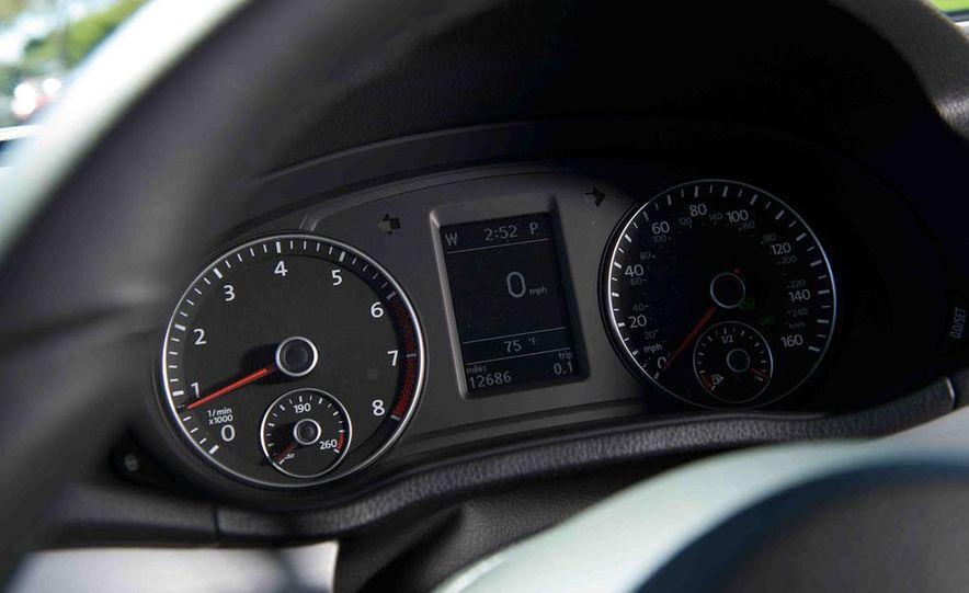 2013 Nissan Altima 2.5 SV sedan, 2012 Volkswagen Passat 2.5 SE, 2013 Honda Accord EX sedan, and 2013 Ford Fusion SE EcoBoost - Slide 90