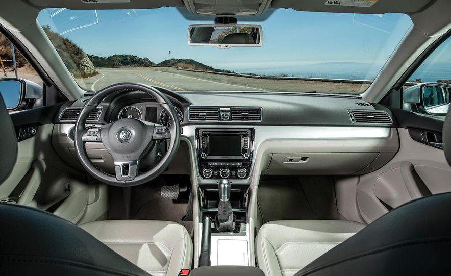 2013 Nissan Altima 2.5 SV sedan, 2012 Volkswagen Passat 2.5 SE, 2013 Honda Accord EX sedan, and 2013 Ford Fusion SE EcoBoost - Slide 84