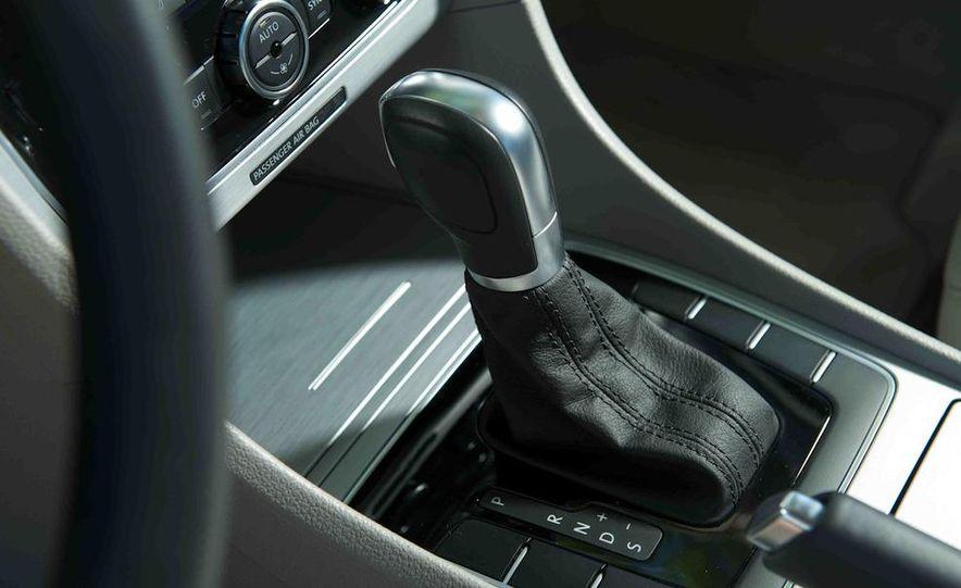 2013 Nissan Altima 2.5 SV sedan, 2012 Volkswagen Passat 2.5 SE, 2013 Honda Accord EX sedan, and 2013 Ford Fusion SE EcoBoost - Slide 88