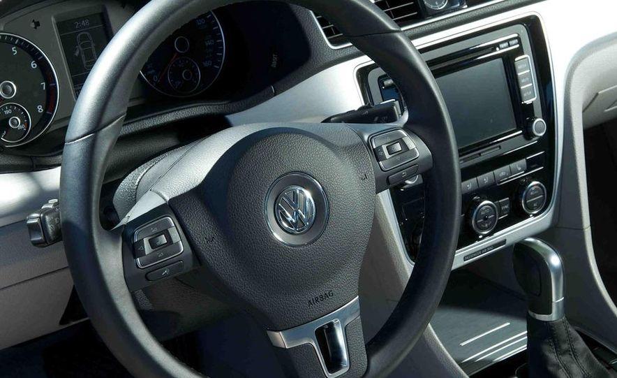 2013 Nissan Altima 2.5 SV sedan, 2012 Volkswagen Passat 2.5 SE, 2013 Honda Accord EX sedan, and 2013 Ford Fusion SE EcoBoost - Slide 87