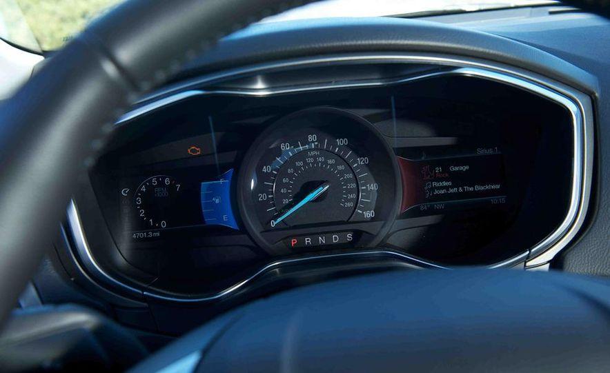 2013 Nissan Altima 2.5 SV sedan, 2012 Volkswagen Passat 2.5 SE, 2013 Honda Accord EX sedan, and 2013 Ford Fusion SE EcoBoost - Slide 29