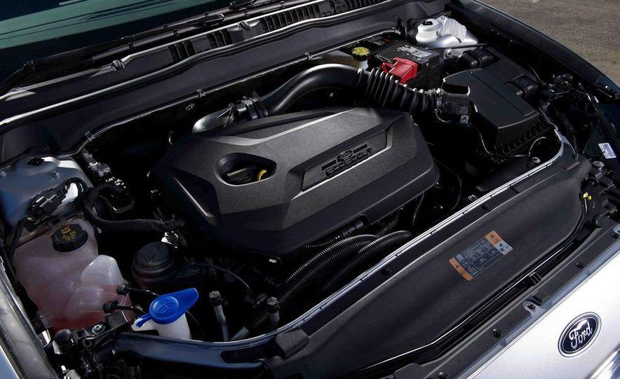 2013 Nissan Altima 2.5 SV sedan, 2012 Volkswagen Passat 2.5 SE, 2013 Honda Accord EX sedan, and 2013 Ford Fusion SE EcoBoost - Slide 35