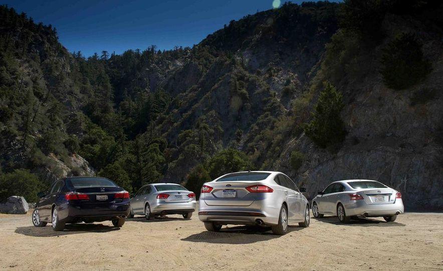 2013 Nissan Altima 2.5 SV sedan, 2012 Volkswagen Passat 2.5 SE, 2013 Honda Accord EX sedan, and 2013 Ford Fusion SE EcoBoost - Slide 14