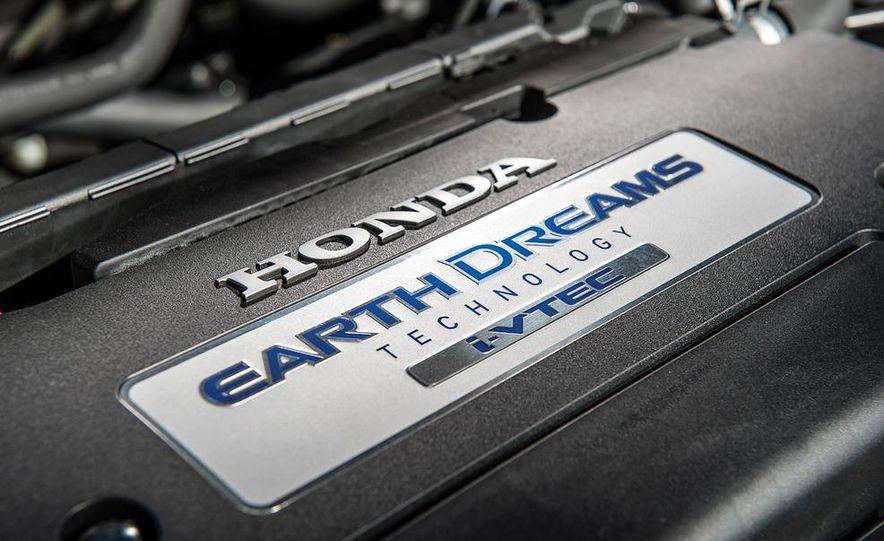 2013 Nissan Altima 2.5 SV sedan, 2012 Volkswagen Passat 2.5 SE, 2013 Honda Accord EX sedan, and 2013 Ford Fusion SE EcoBoost - Slide 57