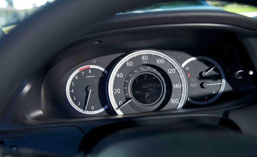 2013 Nissan Altima 2.5 SV sedan, 2012 Volkswagen Passat 2.5 SE, 2013 Honda Accord EX sedan, and 2013 Ford Fusion SE EcoBoost - Slide 52