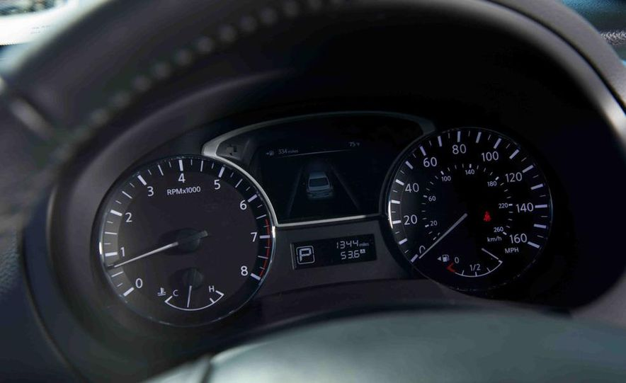 2013 Nissan Altima 2.5 SV sedan, 2012 Volkswagen Passat 2.5 SE, 2013 Honda Accord EX sedan, and 2013 Ford Fusion SE EcoBoost - Slide 72