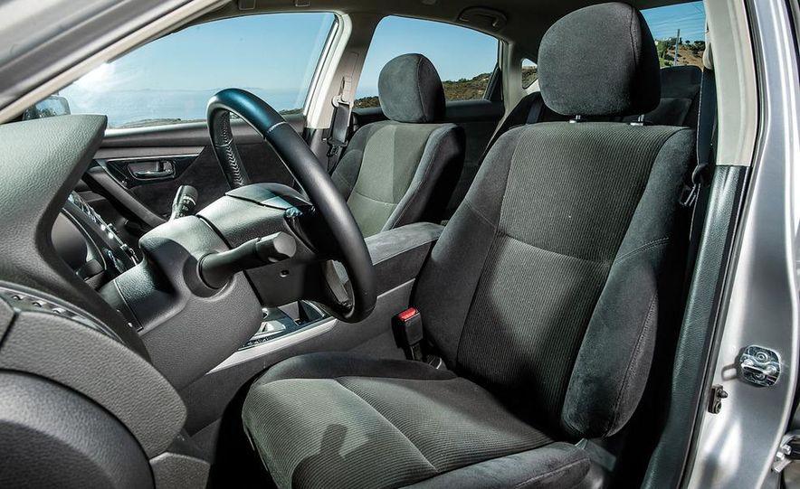 2013 Nissan Altima 2.5 SV sedan, 2012 Volkswagen Passat 2.5 SE, 2013 Honda Accord EX sedan, and 2013 Ford Fusion SE EcoBoost - Slide 67