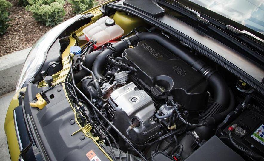 2012 Ford Focus 1.0L EcoBoost - Slide 13