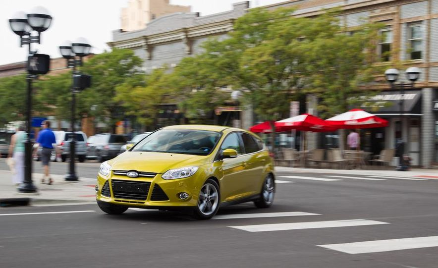 2012 Ford Focus 1.0L EcoBoost - Slide 1