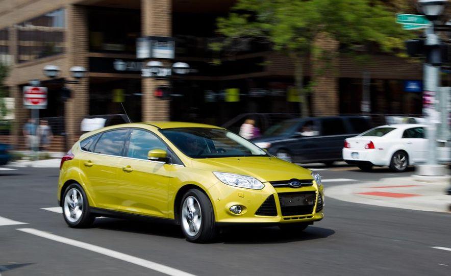 2012 Ford Focus 1.0L EcoBoost - Slide 2