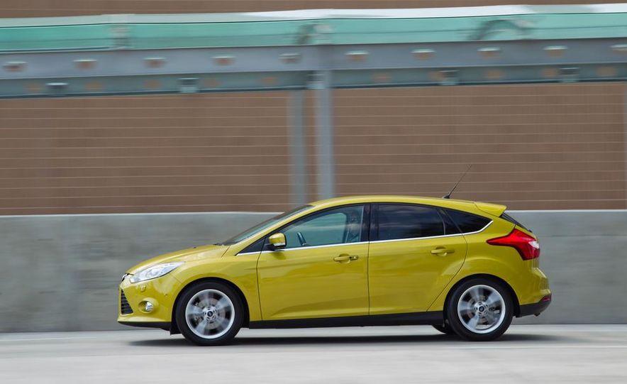 2012 Ford Focus 1.0L EcoBoost - Slide 3