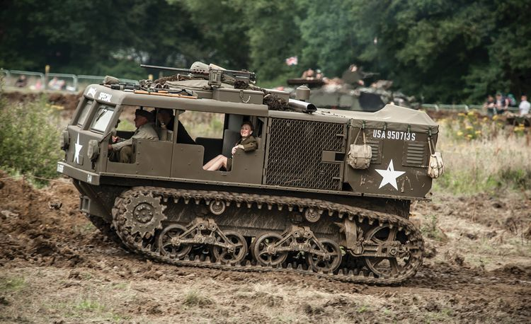 Dogs of War: Five Days in the Mud with Military Machines
