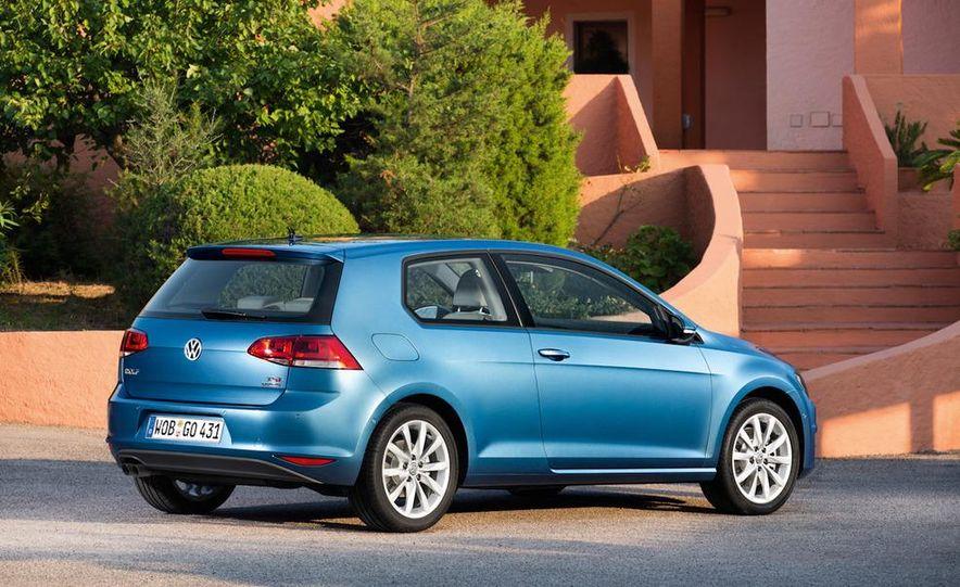2015 Volkswagen Golf TSI BlueMotion 3-door - Slide 11